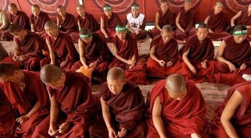 Le bouddhisme et les femmes - Matière et Révolution