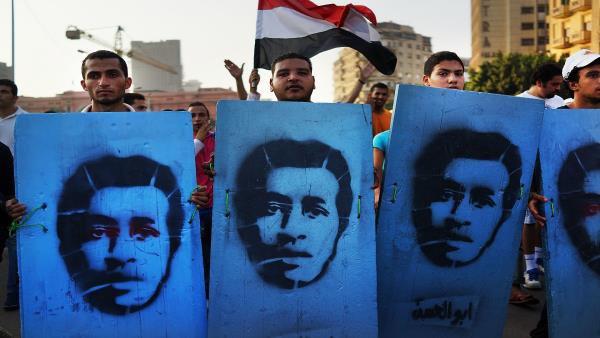 واشنطن بوست: هكذا استخدم الجنرالات  في  مصر الشارع للانقلاب على الرئيس المصري محمد مرسي - القاهرة ــ العربي الجديد 4 يوليو 2017