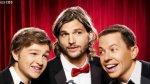 Mon Oncle Charlie saison 9 : Ashton Kutcher embrasse fougueusement Jon Cryer (VIDEO) sur adobuzz.com