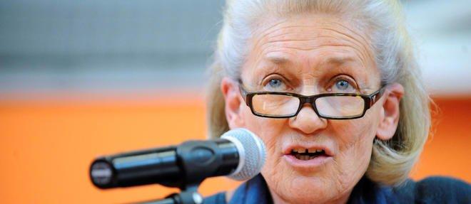 je soutiens Elisabeth Badinter, essayez un peu de me diffamer pour voir, salopiots !