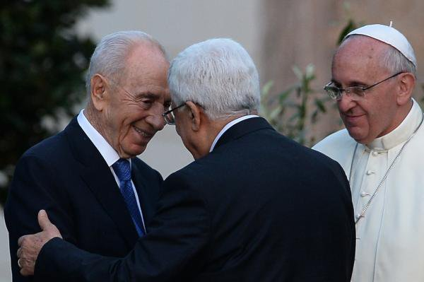 Shimon Peres, prix Nobel de la paix en 1994, est mort à l'âge de 93 ans