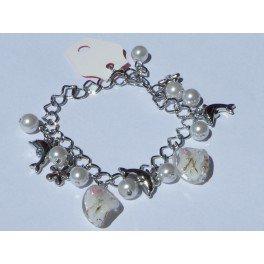 "Bracelet perles et pendentif ""dauphin & fleur"""
