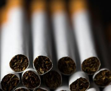 3 mischiefs of cigarettes « 1Healthy-Tips