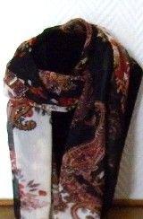 foulard,accessoires,mode,beauté,imprimé,;marron,saumon