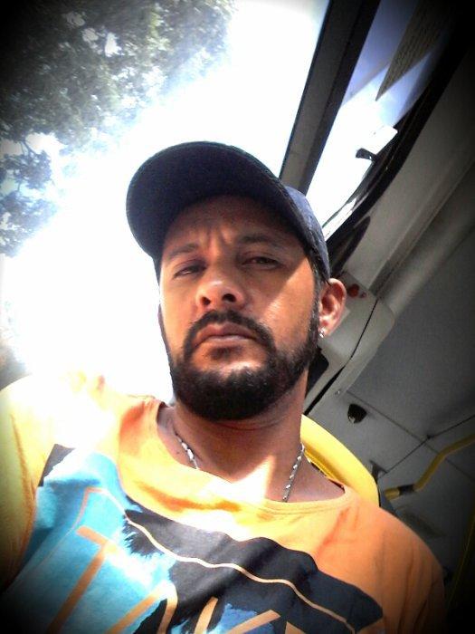Fernando-Roque-da-Silva  fête ses 40 ans demain, pense à lui offrir un cadeau.Aujourd'hui à 00:00