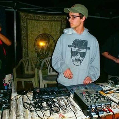 Tribe Mental Acid essaie extrait live korg synthé
