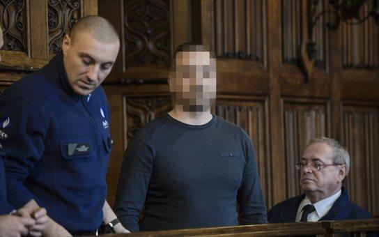 "Selon  Mutlu Kizilaslan, un des meurtriers d'Ihsane Jarfi : ""il est intolérable qu'un musulman soit homosexuel""."