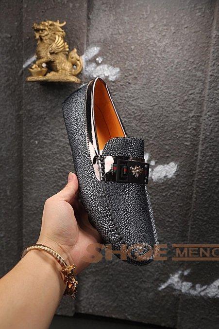 2017また夏の新入荷ブランドコピー通販な当店お薦め偽物Gucciブランド靴コピーメンズ 靴急いでNO.24171♪♫ゴルフ&運転多用シューズ