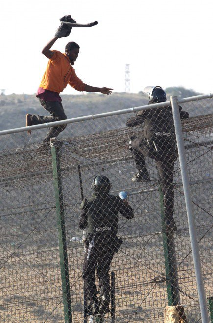 Marocco: 140 migranti entrano a Melilla