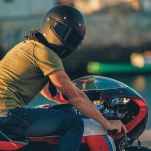Casque moto vintage jet intégral lunettes biker blouson gants