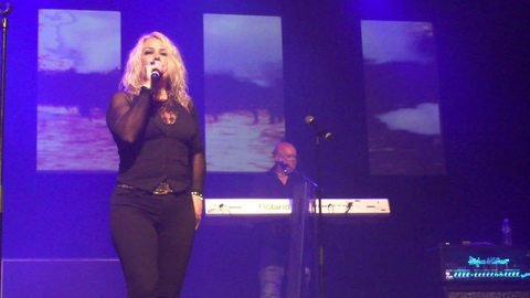 Vidéo Kim Wilde live at the Médoquine (Friday 31st May 2013) : - Musique