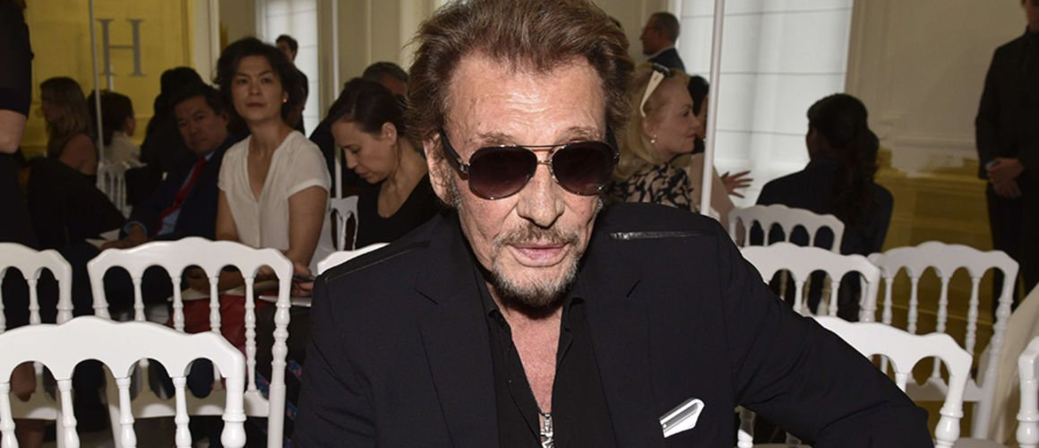 Johnny Hallyday : son gros doigt d'honneur contre le cancer (PHOTO)