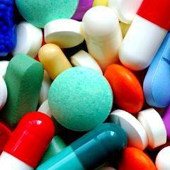 Nouveaux médicaments: souvent autorisés sur la base de données peu probantes (Prescrire)