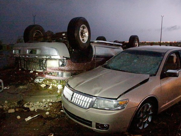 5 dead in tornado in Oklahoma City area, 50 hurt