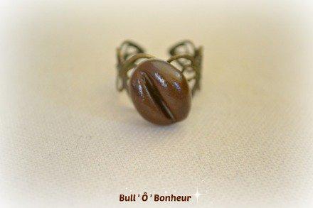 Bague grain de café en pâte polymère : Bague par bull-o-bonheur