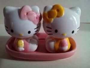 salière poivrière Hello Kitty ref 90