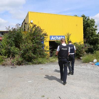 Dampremy: un corps en décomposition depuis mars découvert dans un squat