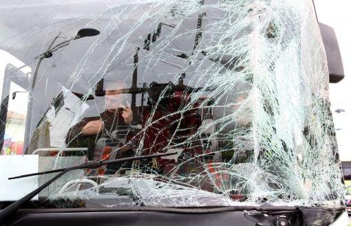 Deux bus Veolia se percutent à Angoulême: une blessée [+vidéo] - CharenteLibre