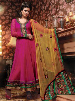 Smart advices of the how to choose the indian salwar kameez  at LaRoyal Collection .
