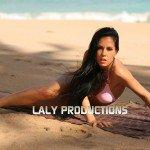 SEULE SUR LE SABLE… | Laly site officiel