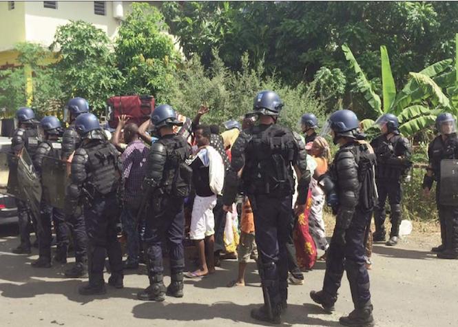 Expulsions irrégulières à Mayotte: Des familles entières se retrouvent à la rue