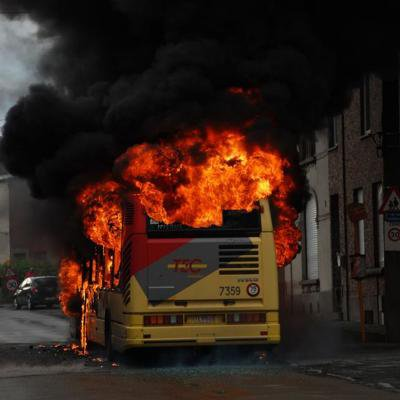 Ransart: un bus prend feu «tout seul» en plein service
