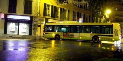 """Pau : une sanction """"exemplaire"""" pour le chauffeur du bus qui a percuté la banque"""