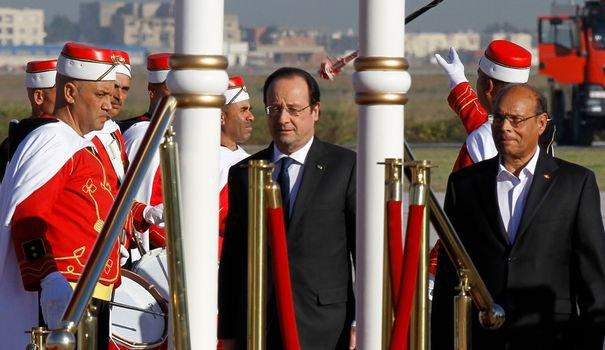 """François Hollande à Tunis: """"L'islam est compatible avec la démocratie"""""""
