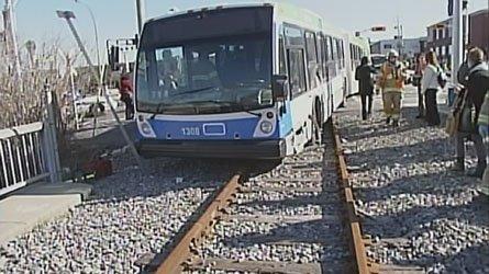 Secteur Hull - Un accident de bus fait 17 blessés