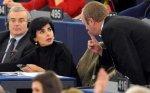 "Strasbourg : Rachida Dati se fait gronder pour ""bavardage"" - RTL.fr"