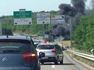 Epinal - Un bus en feu sur la RN 57 ce lundi, ses 39 voyageurs évacués à temps