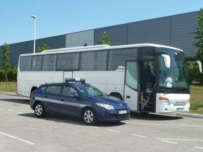 Bourg-en-Bresse: escale forcée au centre commercial pour un car de touristes chinois