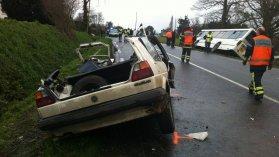 Lamballe (22) : deux morts dans une collision entre un car scolaire et une voiture - France 3 Bretagne