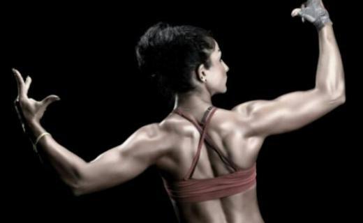 كيف تكونين لاعبة كمال الأجسام في إيران