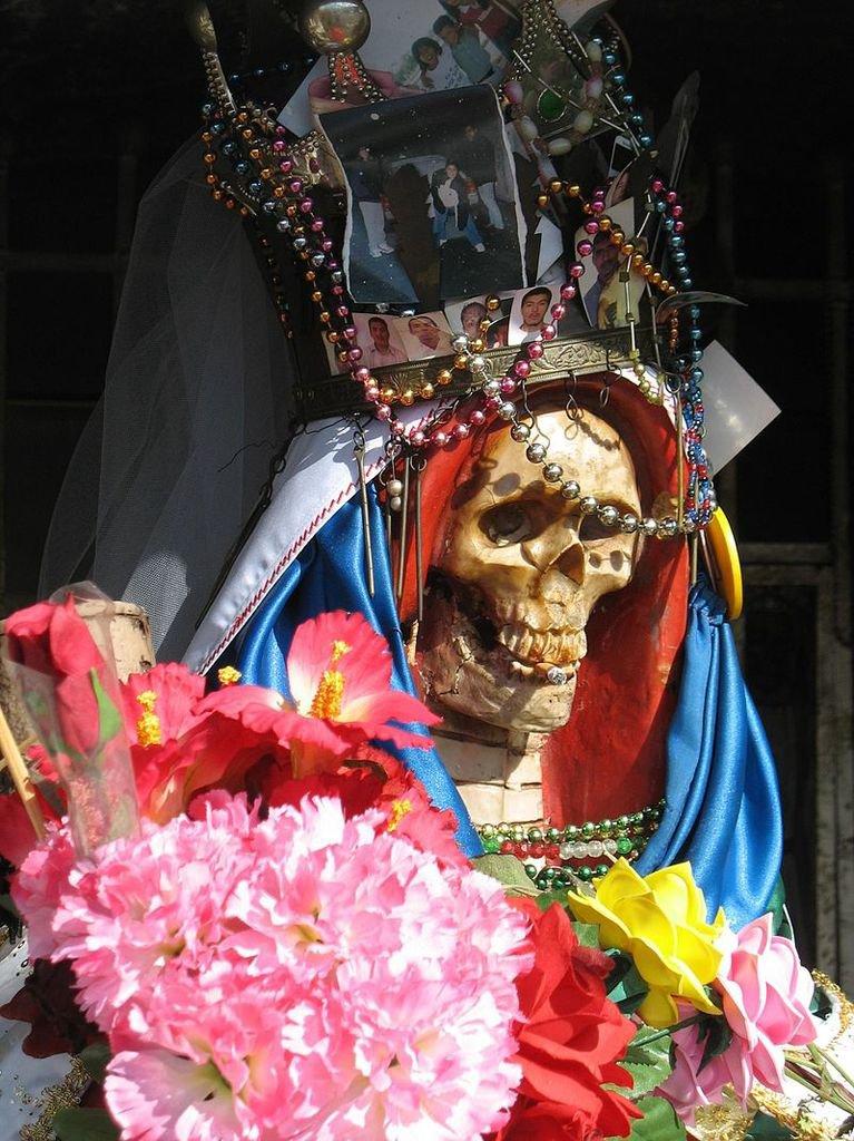 Nuestra Señora de la Santa Muerte (« Notre dame de la Sainte Mort »)