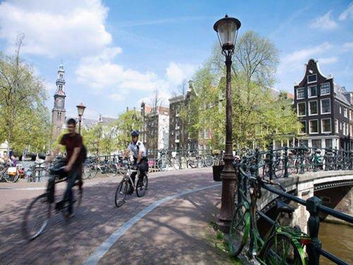 Aux Pays-Bas, les vélos vibrent pour avertir les cyclistes du danger