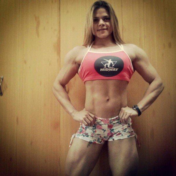 Muscle Beautiful girl Female bodybuilding : - female bodybuilders 24