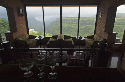Hotels in Khandala Offer Multiple Facilities