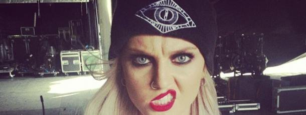 Little Mix : Perrie Edwards, elle poste une vidéo hilarante ! | fan2