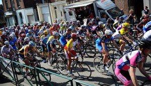 Challenge du Souvenir à Rousies - Cyclisme - Echo du Vélo - Toute l'actualité régionale du vélo ! - Cyclisme - VTT - Cyclo-cross - Cyclotourisme - BMX - Piste - Vie des clubs - Nord Pas de Ca...