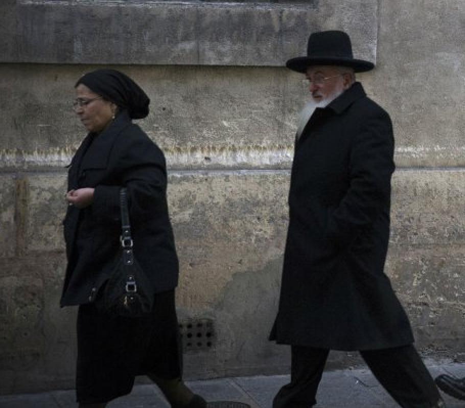 Depuis 3 ans, la piscine de Sarcelles est réservée les dimanches aux femmes juives