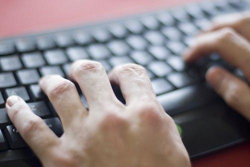 Recherche Redacteurs Et Correcteurs à Distance