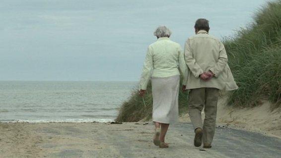 L'écrivain Gilles Perrault se raconte dans un documentaire sur France 3 Basse-Normandie - France 3 Basse-Normandie