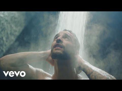 Maluma dévoile un clip très sensuel - Felices los 4
