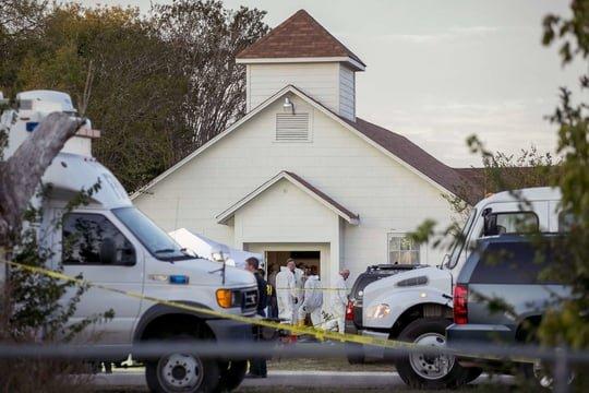 Attentat au Texas: des enfants parmi les victimes de Devin Patrick Kelley
