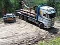 Holztransport, umdrehen mit Anhänger