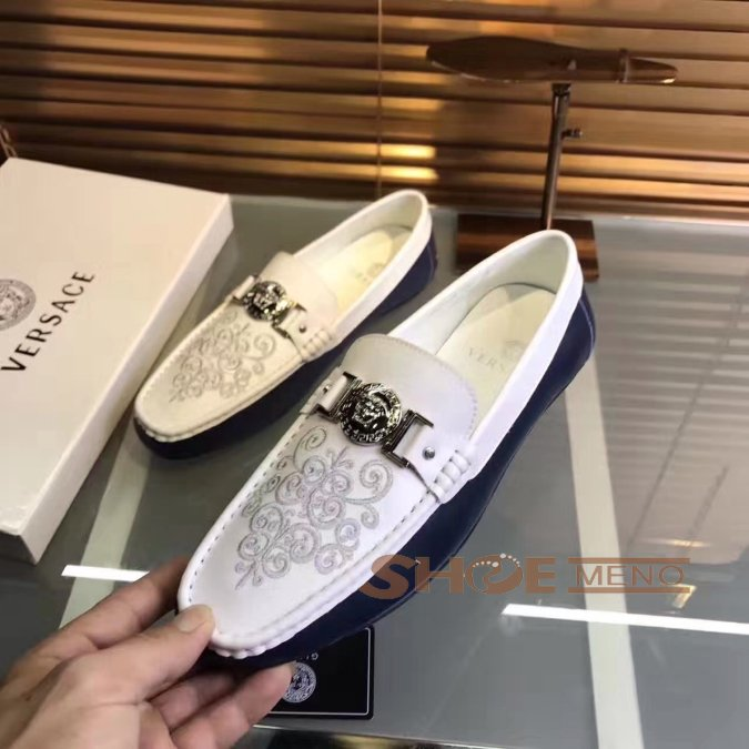 大人気再登场の2017夏ブランドコピー靴热烈推荐人気上升中,偽物Versaceブランドコピーメンズ 靴本物と同じ素材を選択しますNO.24210♪♫ゴルフ&運?...