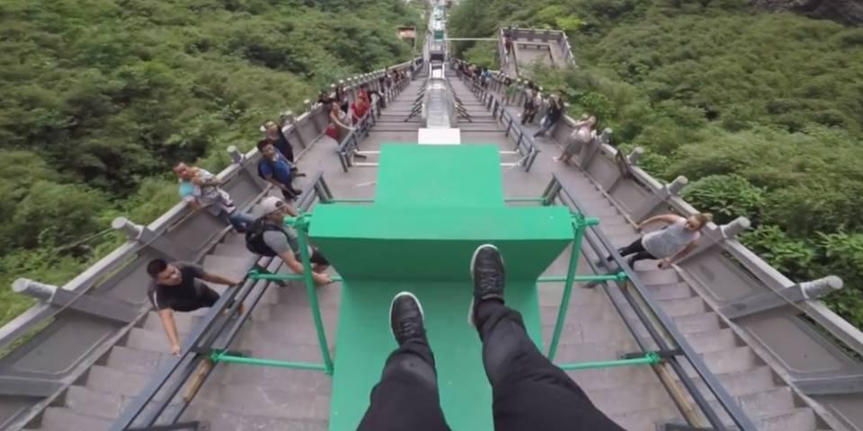 Parkour : une course de vitesse musclée et déjantée en Chine