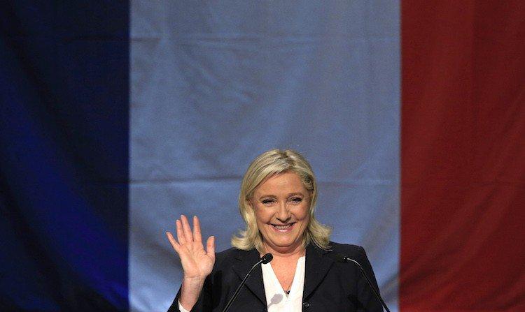 Les Inrocks - Marine Le Pen remporte enfin une élection : celle du menteur en politique de l'année