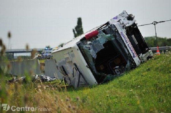 29-07-2013 - Tragique collision entre un autocar de la société Jacc...